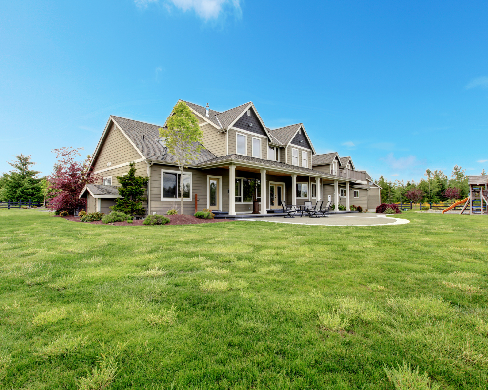 Tips for Buying and Selling a Home in the Country