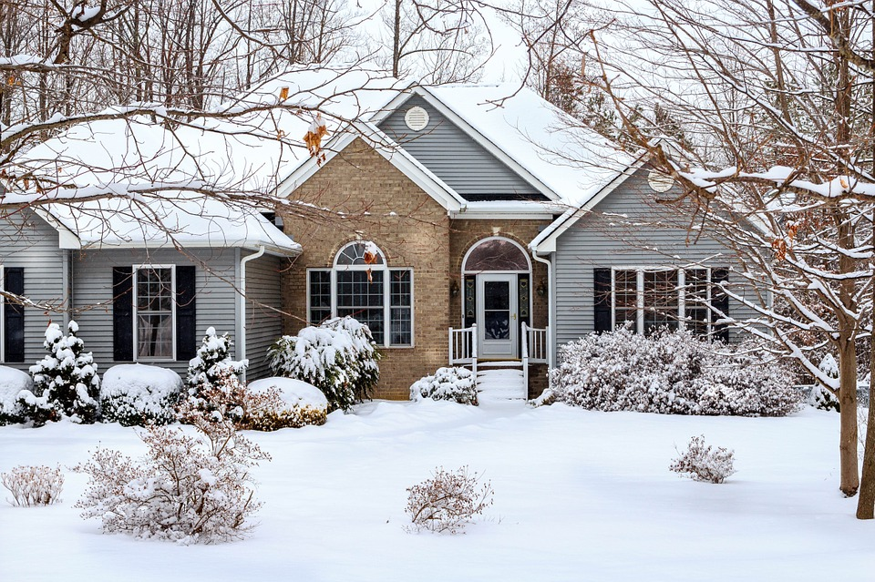 Amp Up Your Curb Appeal This Winter