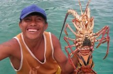 Lobster Hunting in PANAMA