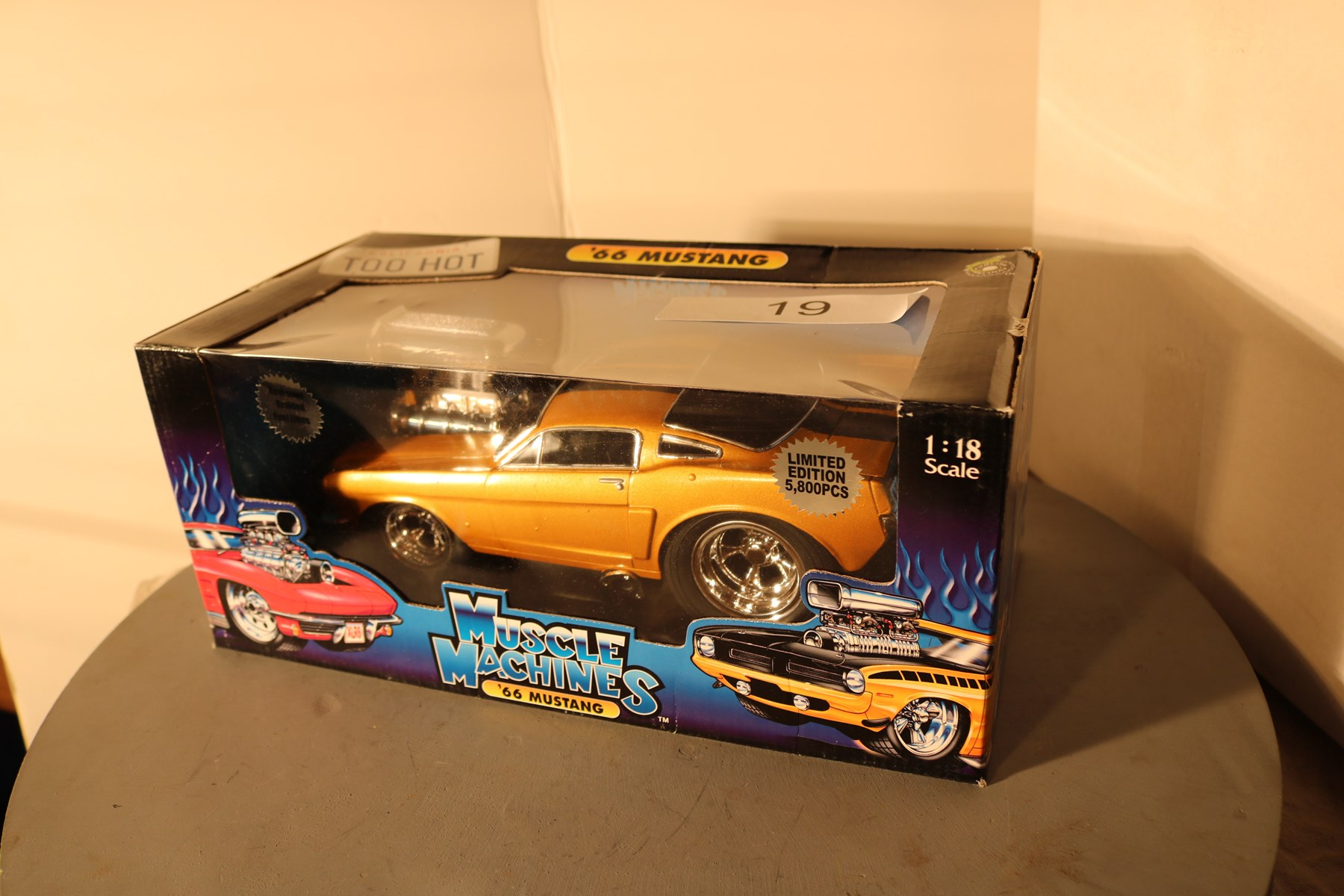 Die Cast Mucle and Classic Car and Truck Auction Pt 1