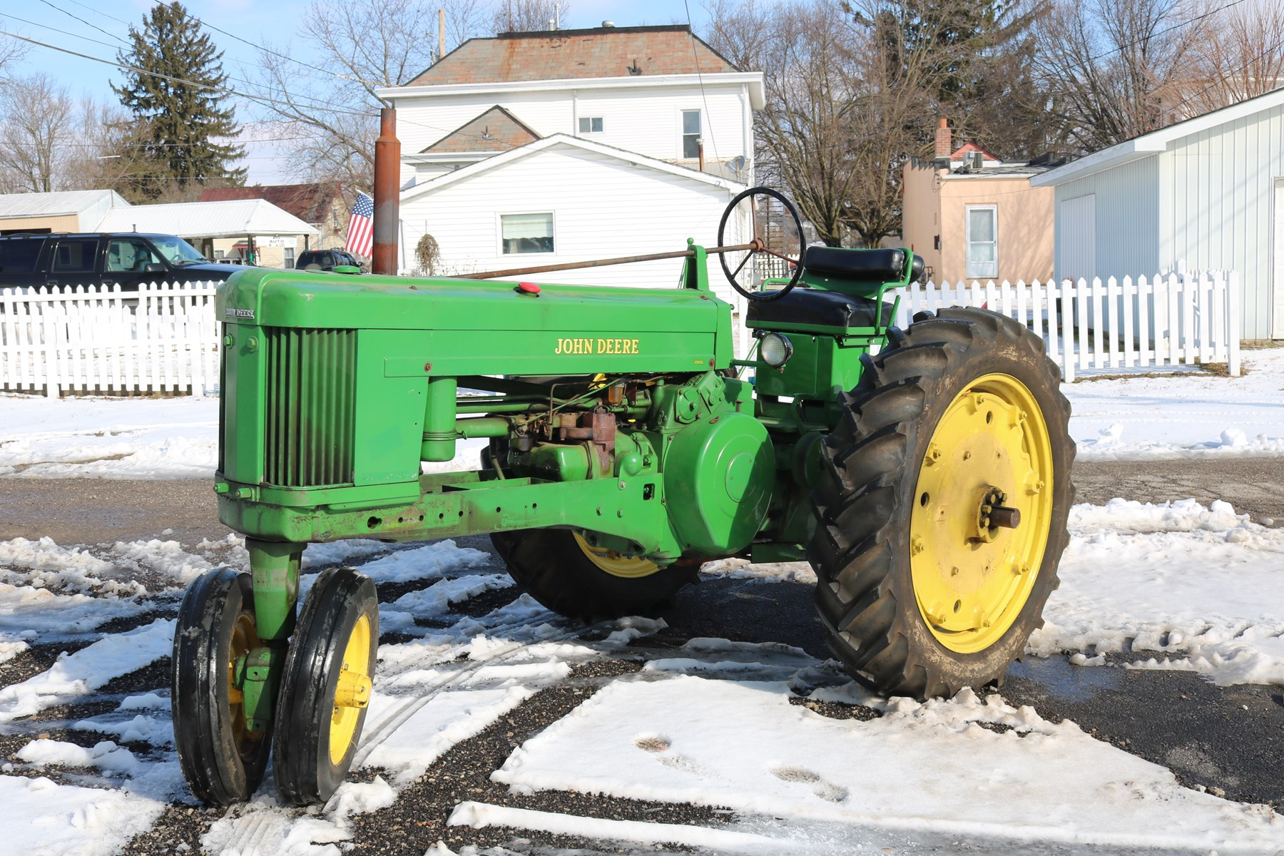 John Deere 50 Tractor, Part, Toys, Trains, Knives, & Manuals