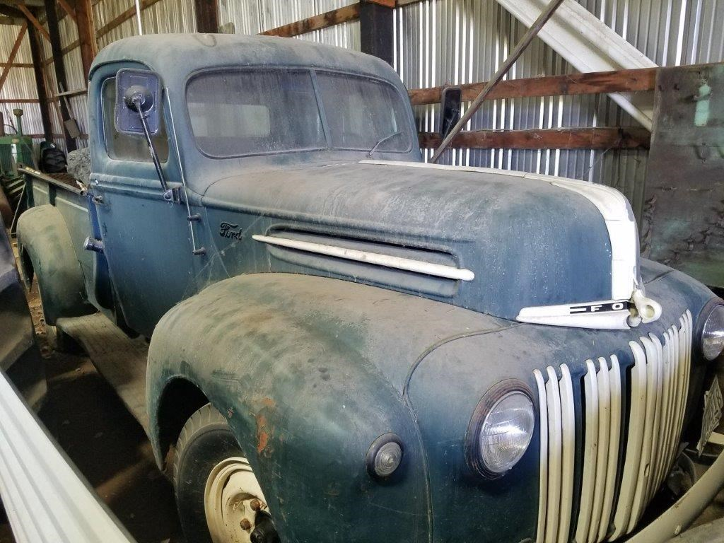 LARGE CLASSIC TRACTOR/TRUCK AUCTION