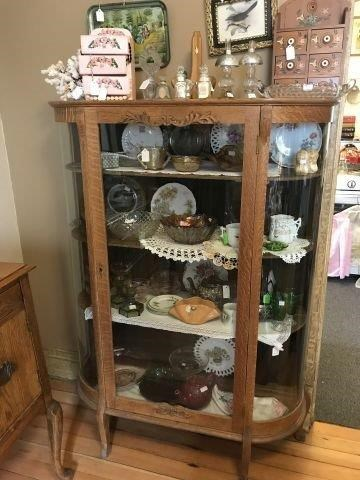 VINING ABSOLUTE REAL ESTATE and ANTIQUE AUCTION