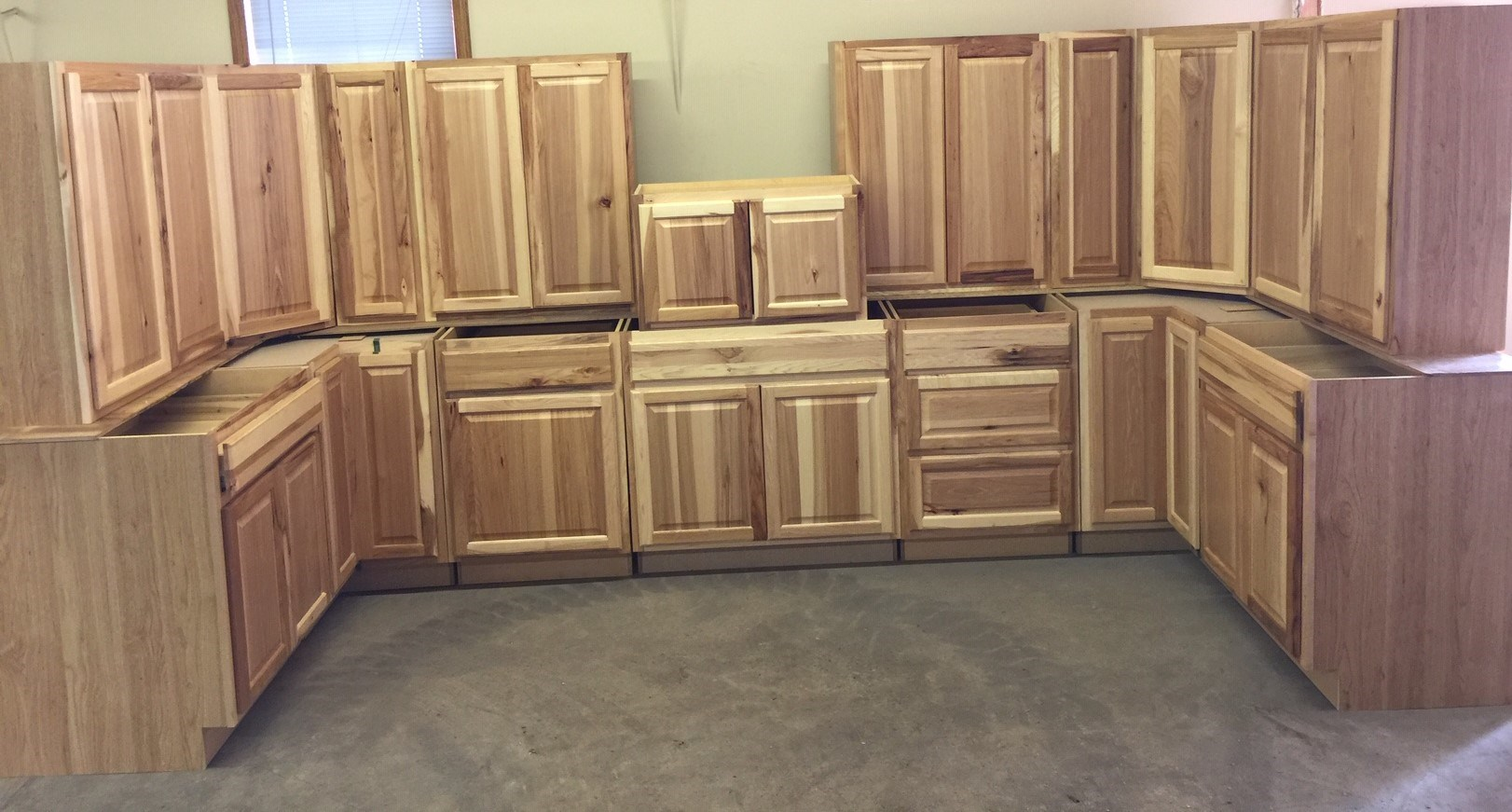 ATTN: REMODELERS & FLIPPERS!!! HUGE BUILDING MATERIAL AUCTION