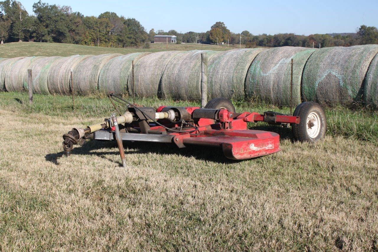 Warren County Cattle Farm, Home, Equipment & Building Tracts For Sale @ Auction