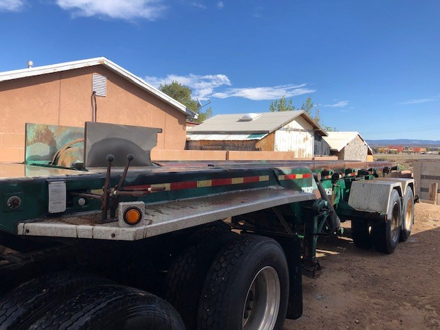 AuctionTime - 2002 G&H Roll off Trailer