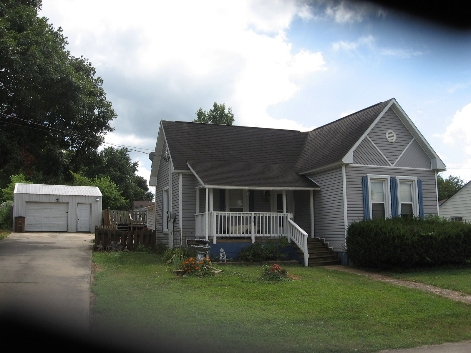 NICE 3-BR, 1-BA HOME IN FREDERICKTOWN, MO. :