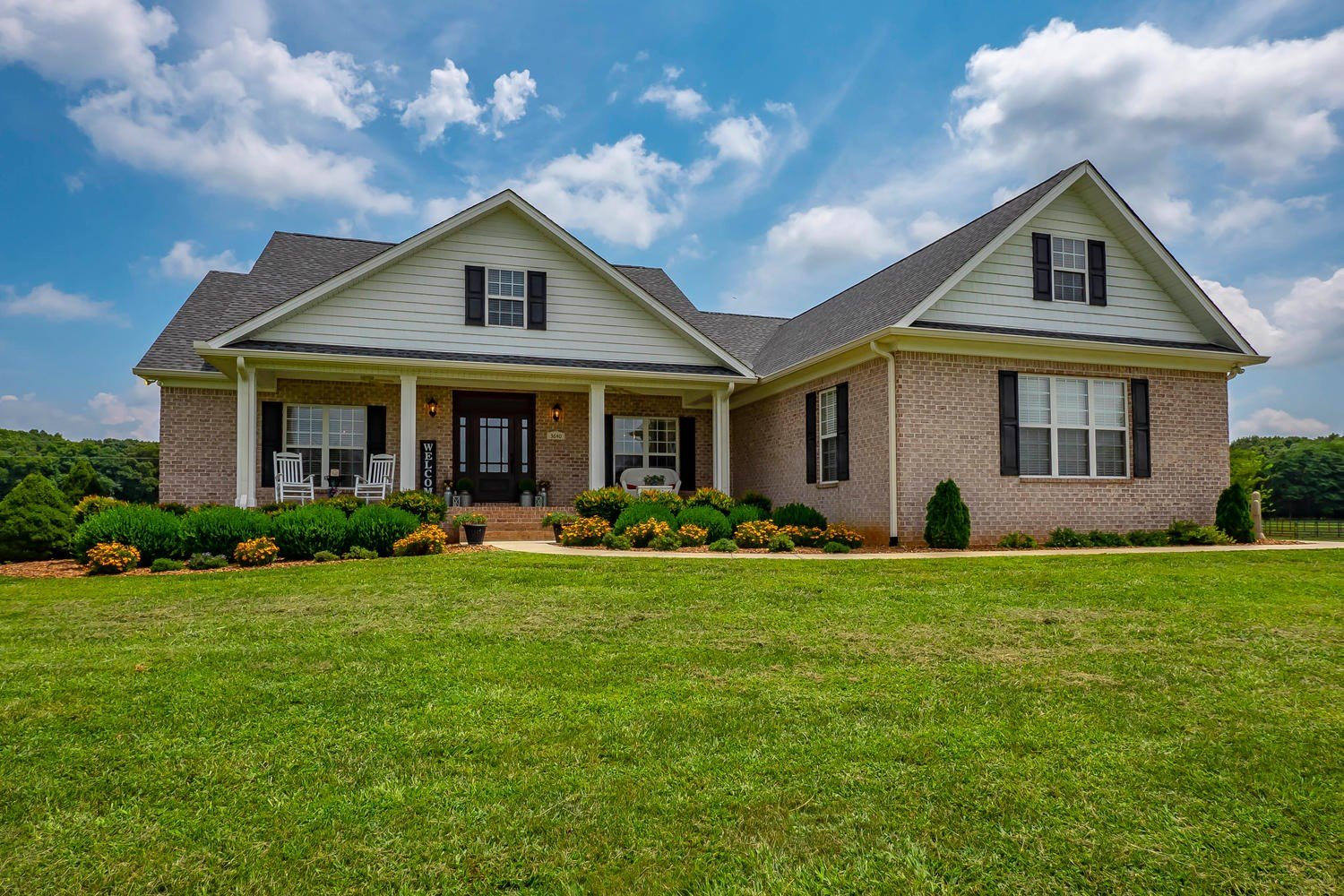 Middle Tennessee Country Home and Ranch for Sale!