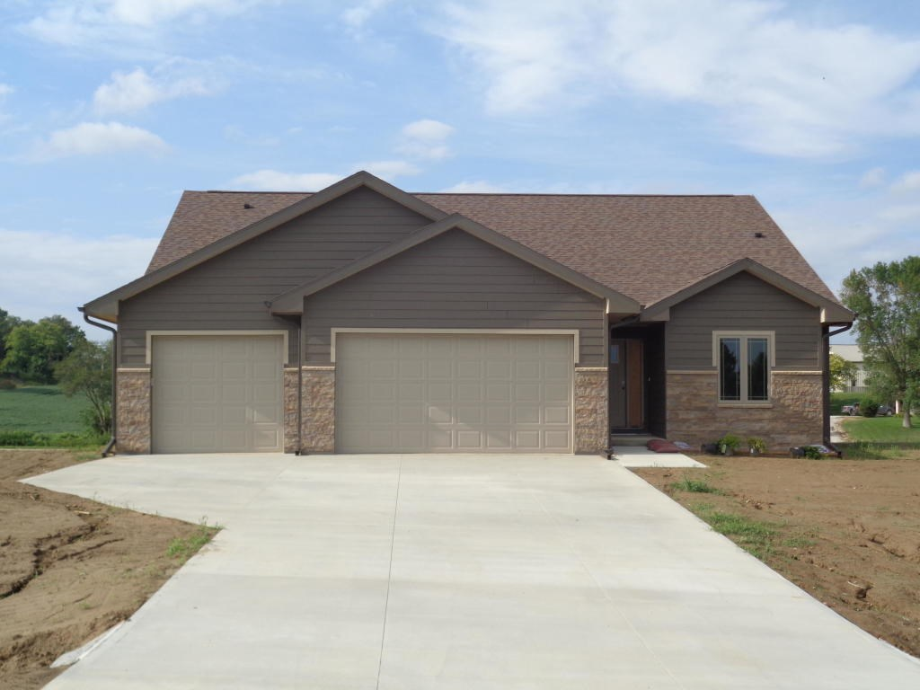 For Sale 5 Bed/3 bath New Construction Home Logan Iowa