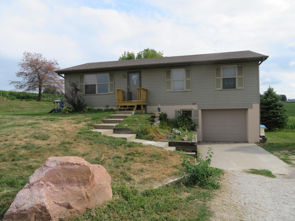 For Sale Logan Iowa 3 bed/1 ba on .69 Acres