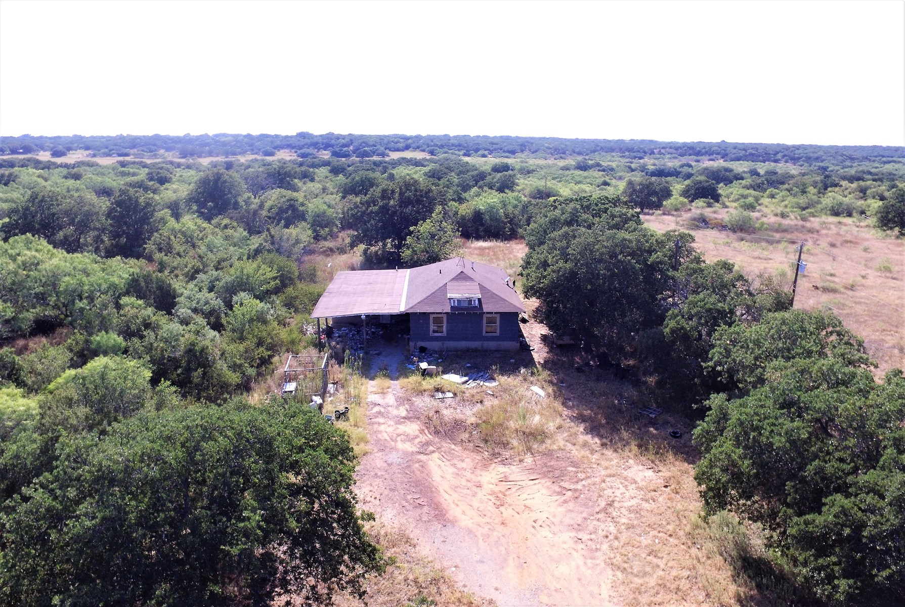 HOME ON 10 ACRES IN BANGS TEXAS