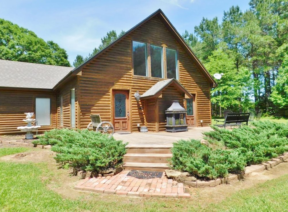 2 Bed/2 Bath Cabin Style Home for Sale 7.5 Acres SW MS