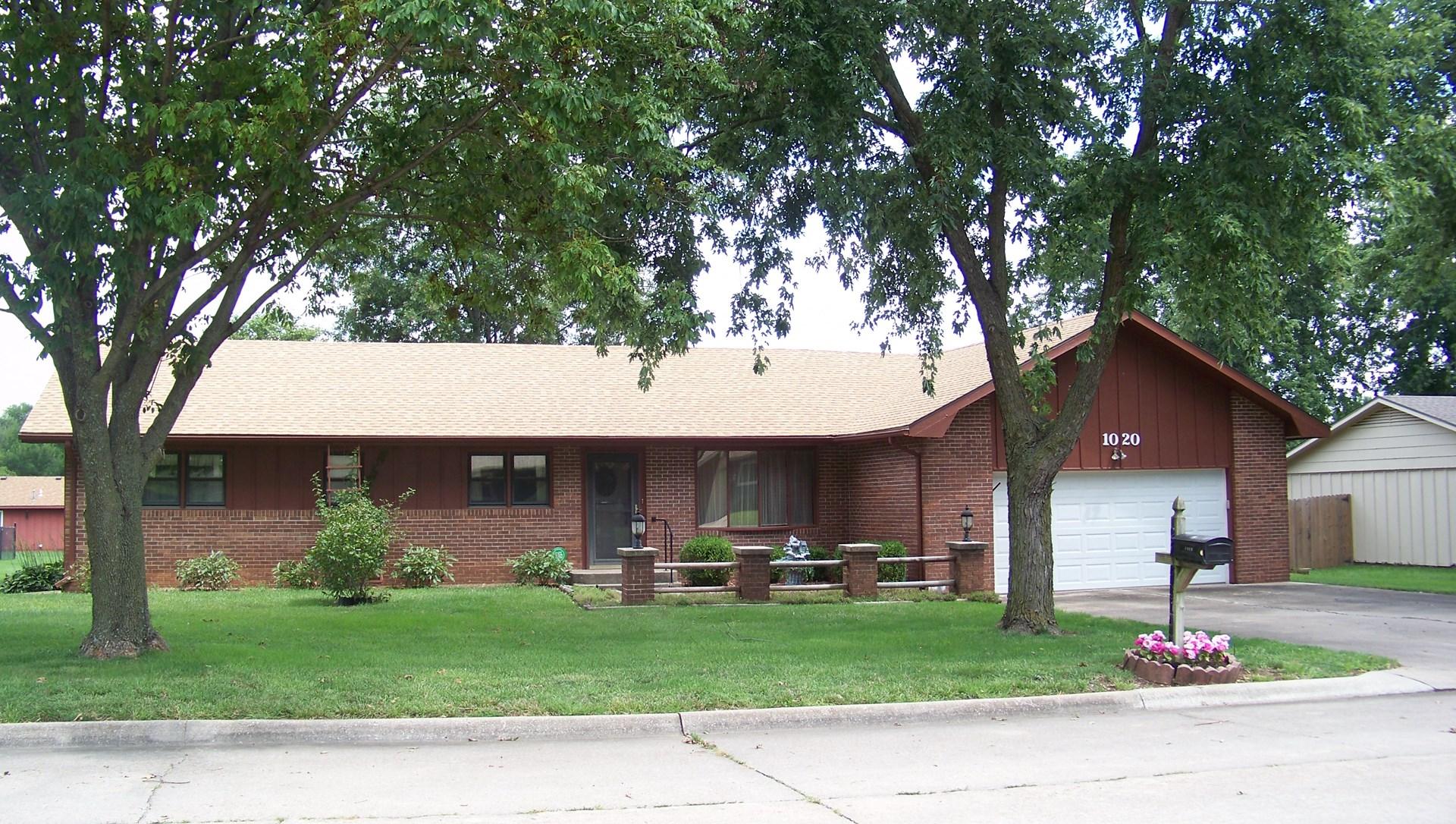 Chanute Kansas Real Estate - Homes, Farms, Ranches, Land