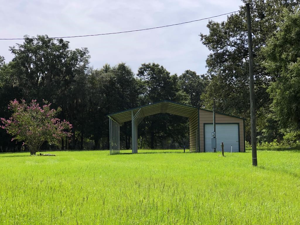 5 AC CLOSE TO THE SUWANNEE RIVER STATE PARK IN LIVE OAK, FL