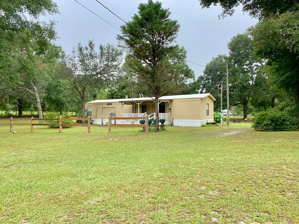 COUNTRY HOME ON 5 ACRES - Bell, Gilchrist Co, Florida