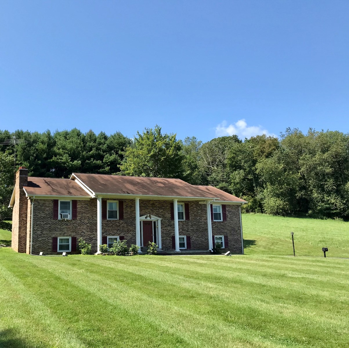 Beautiful Country Home for Sale in Floyd VA