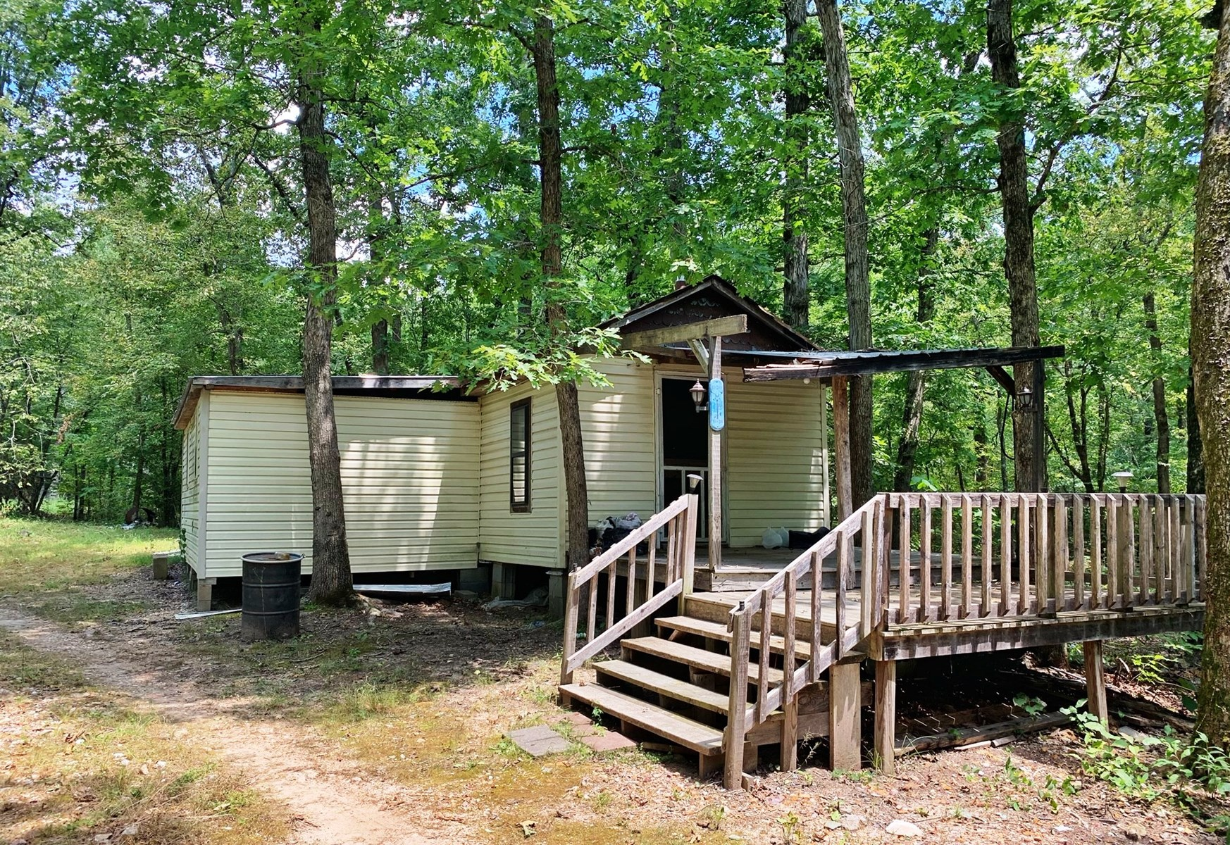 Ozark Mountain Acreage With Cabins For Sale