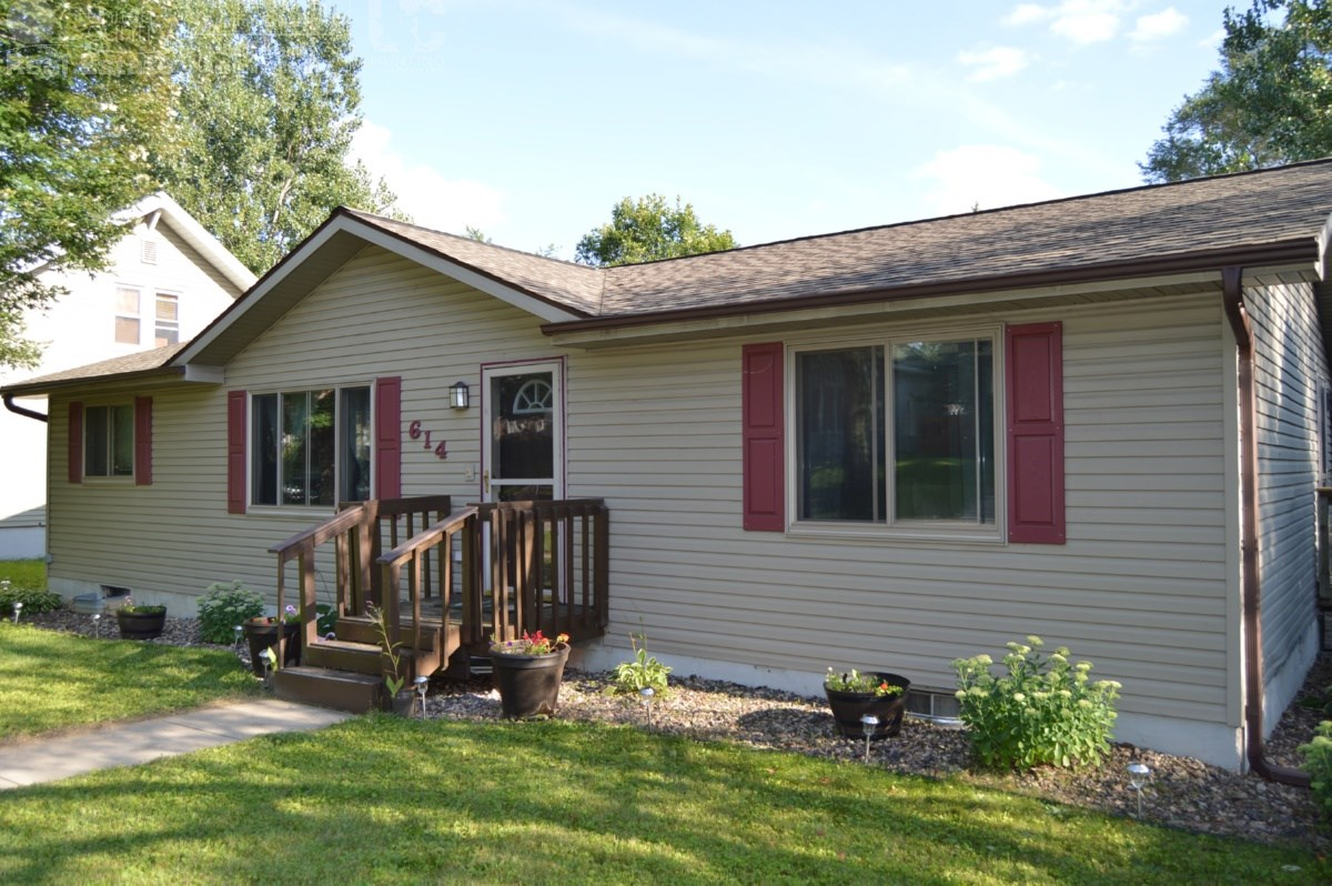 3 Bedroom Ranch Home In Portage, WI
