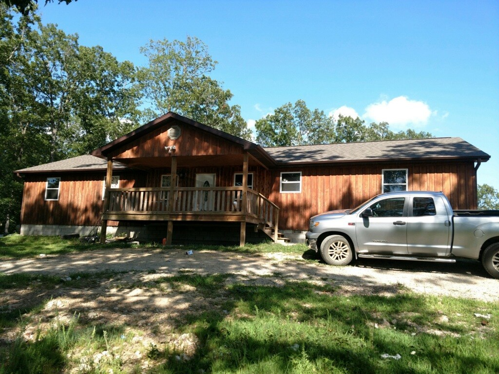 Custom Built Home with acreage in Missouri Ozarks
