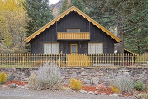 QUAINT HOME FOR SALE IN OURAY, COLORADO