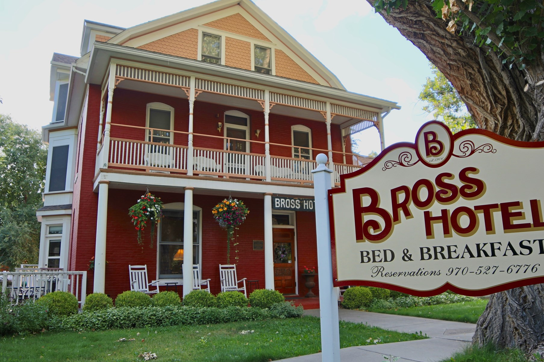Historic Colorado Bross Hotel For Sale