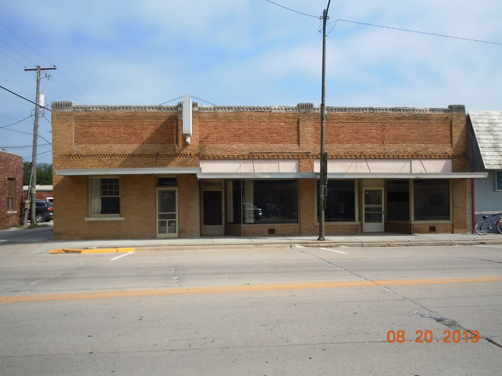 COMMERCIAL BUILDING FOR SALE IN LOGAN IOWA