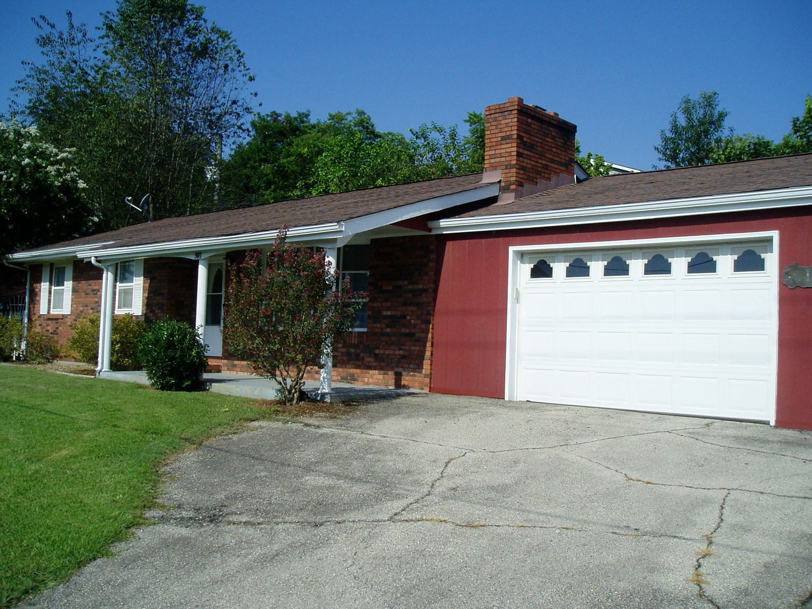Three bedroom two bath home in S.E. MO