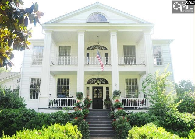 Antebellum Waterfront Plantation Home in South Carolina