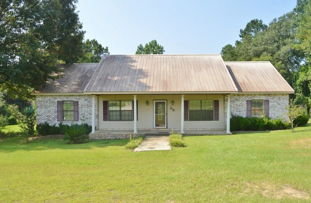 3 Bed, 2 Bath Home for Sale Tylertown, Walthall County, MS