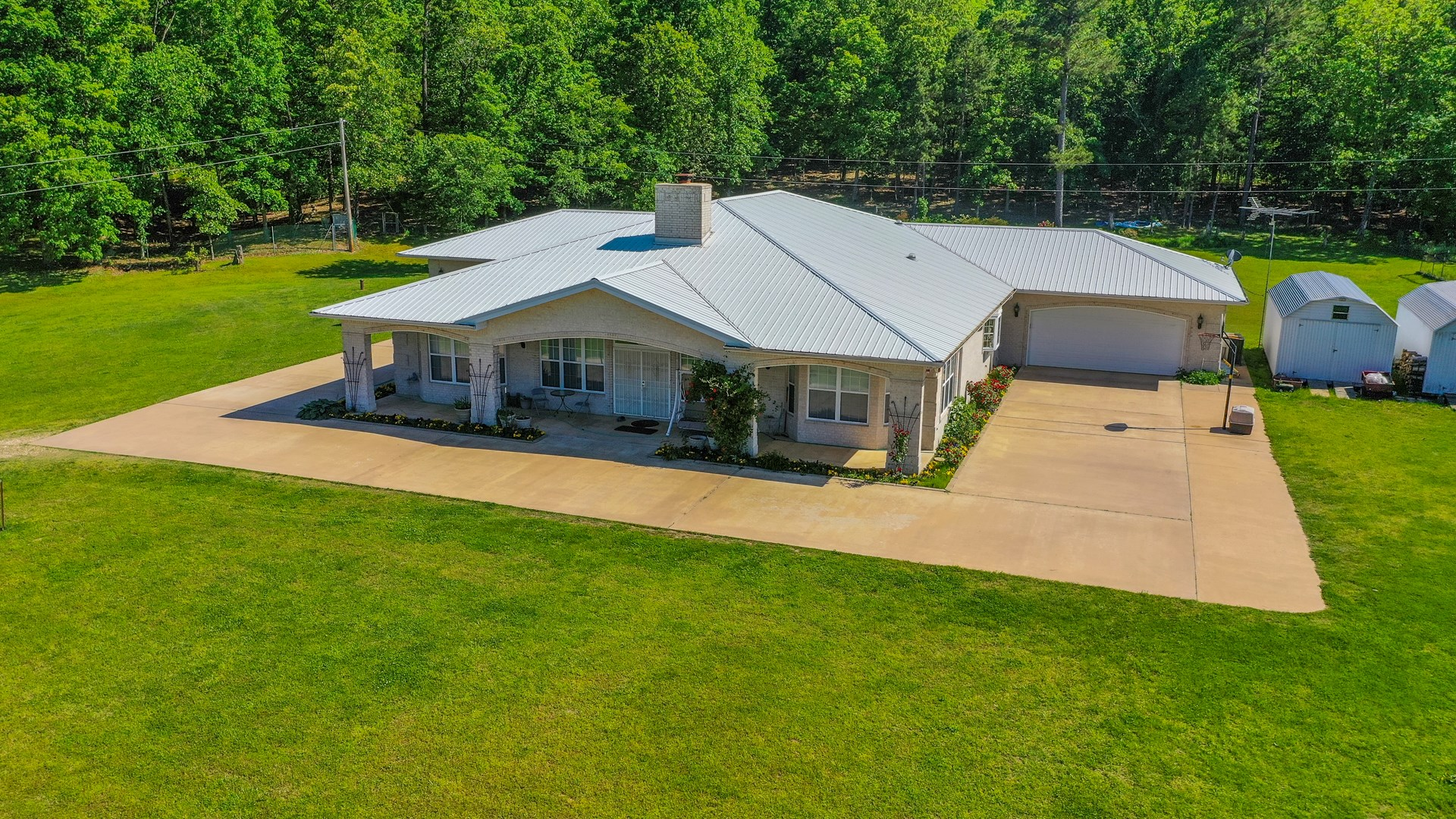 COUNTRY HOME WITH ACREAGE, GOOD HUNTING, CREEK, NE OK