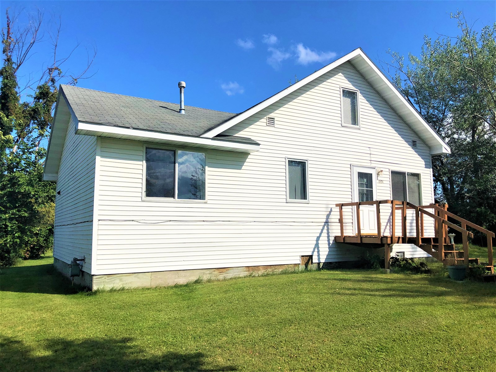 Home in town for sale International Falls, MN