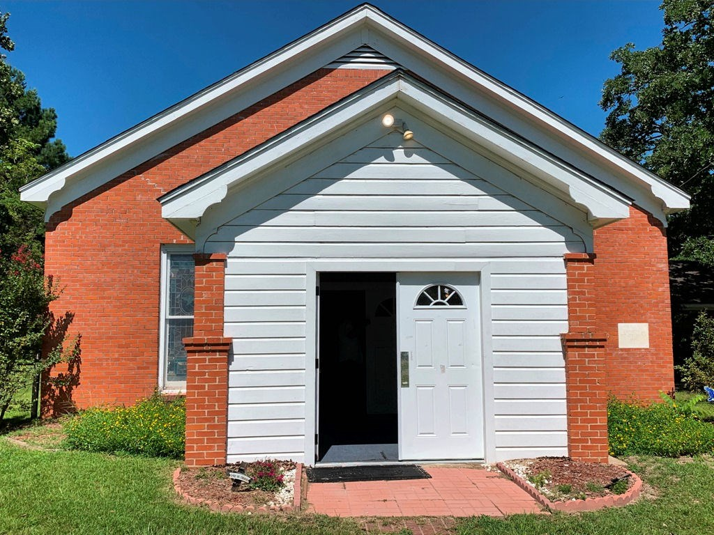 COUNTRY CHURCH FOR SALE IN EAST TX