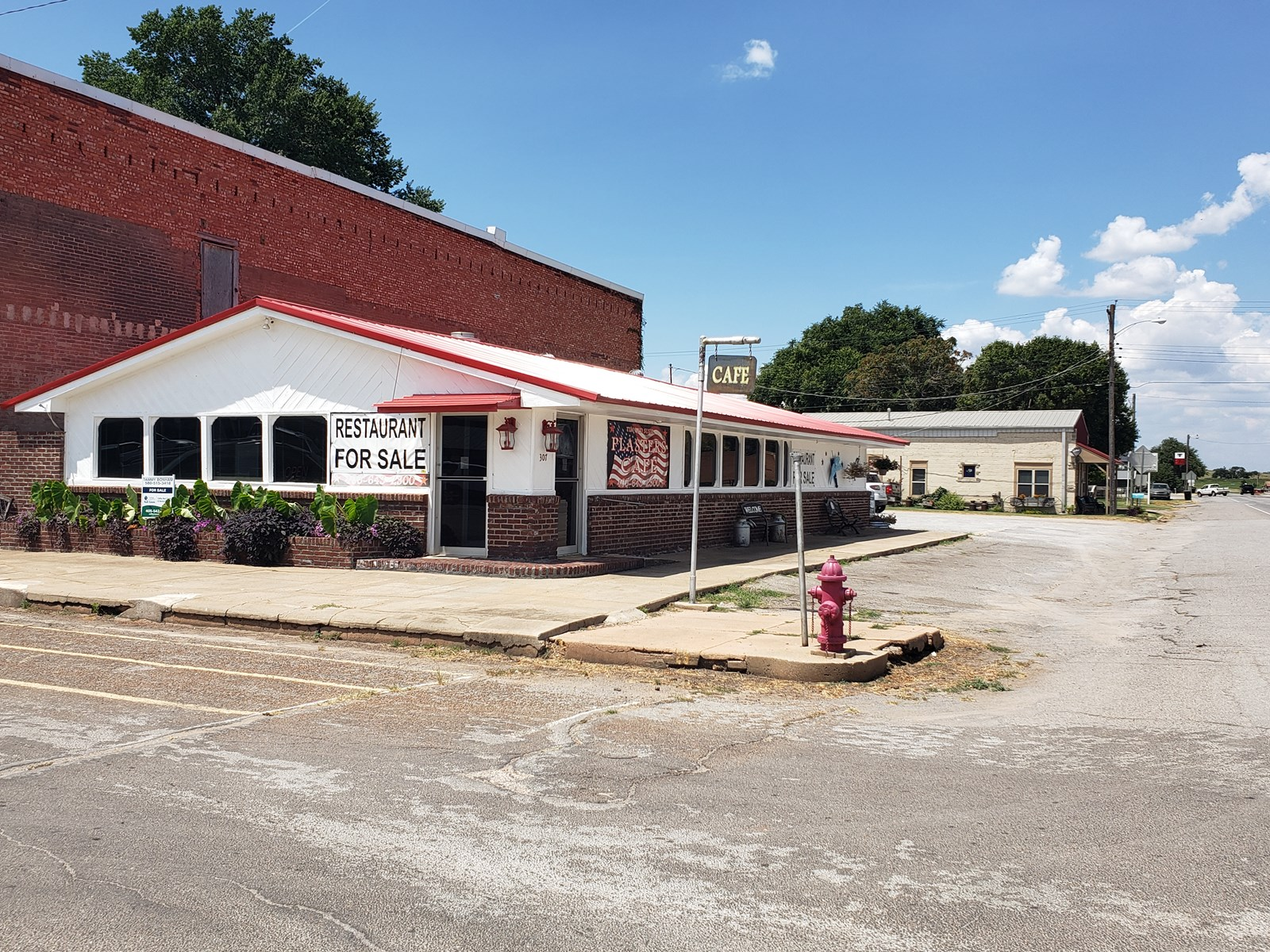 Established Turnkey Restaurant For Sale in Fort Cobb, OK