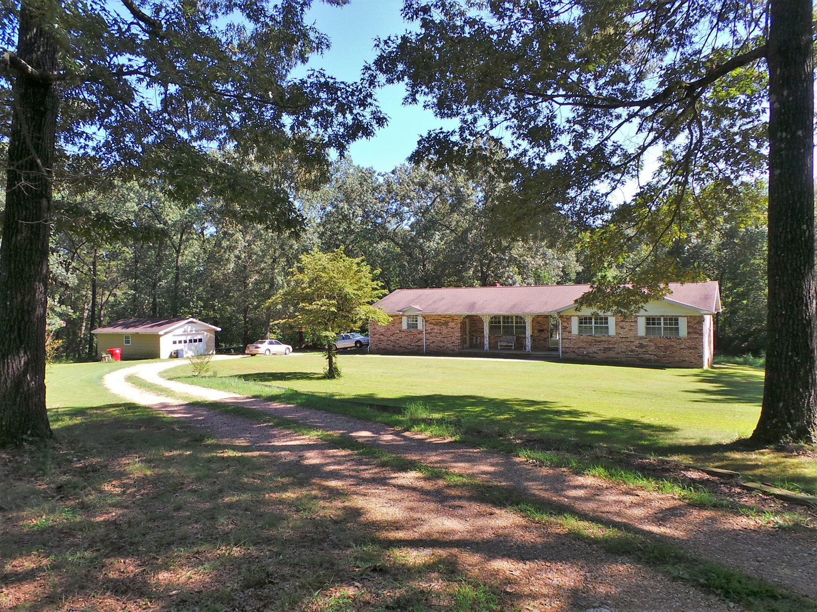 COUNTRY HOME FOR SALE IN FLIPPIN AR
