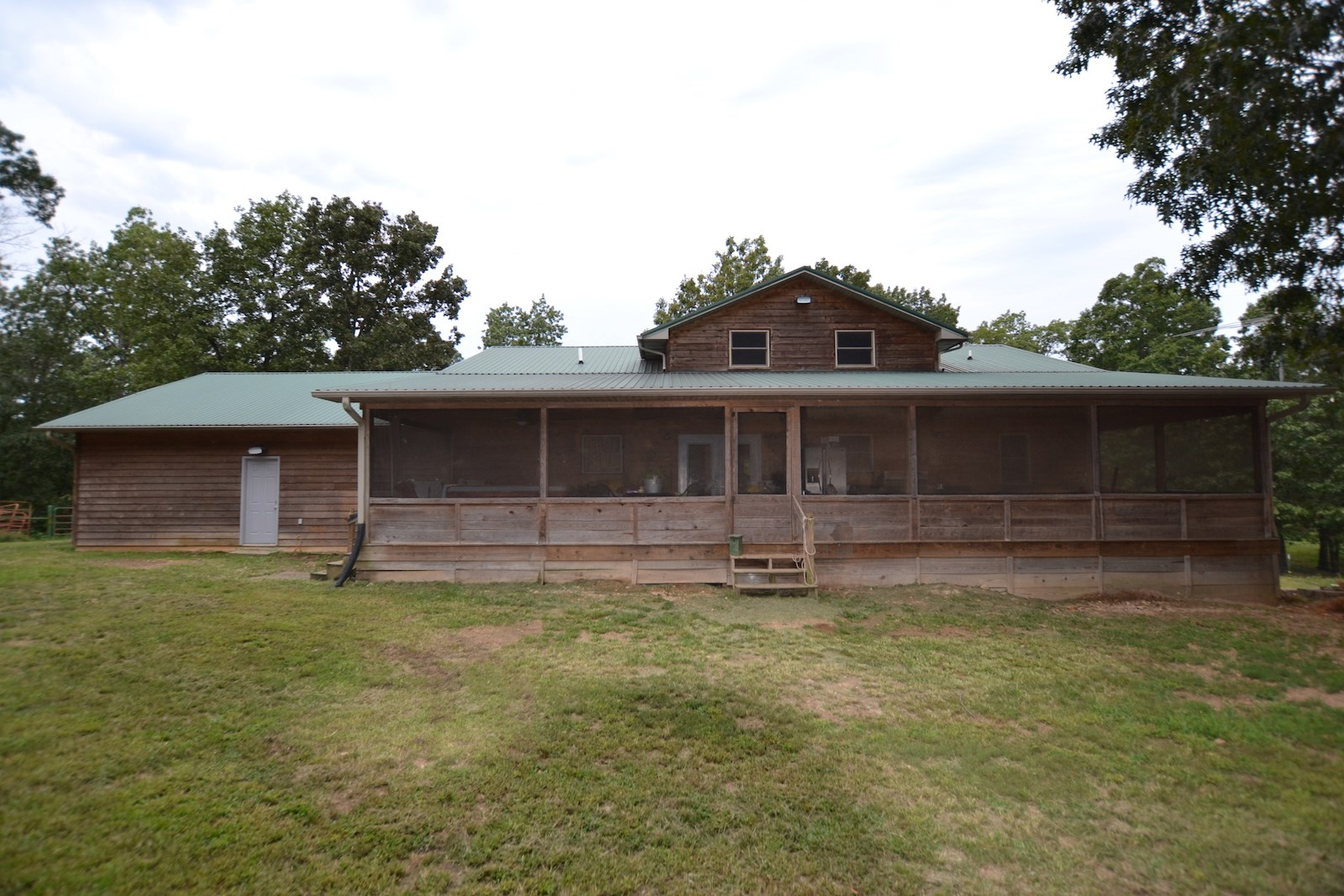 Country Home and Land for Sale in South Central Missouri