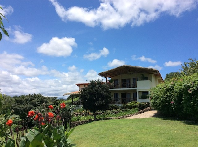 HOUSE FOR SALE IN COPECITO ANTON VALLEY PANAMA