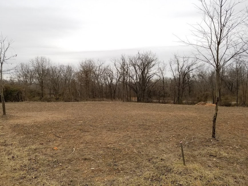 Flat Corner Lot For Sale in Bella Vista, Arkansas