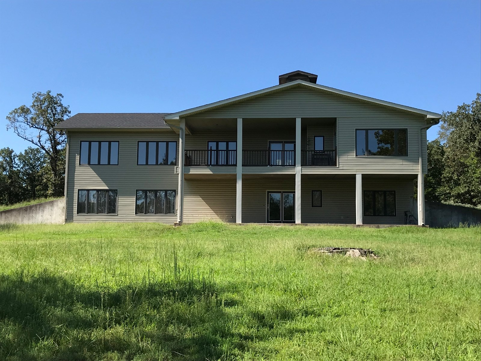 HUNTING, 2 STORY HOME, NE OK, NW AR AREAS, POND, WOODED