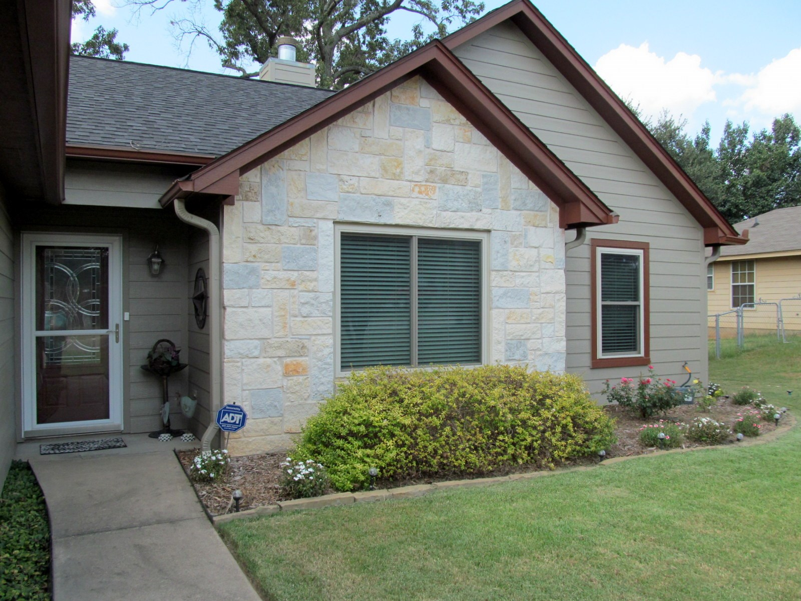 MOVE IN READY 3/2/2 WINNSBORO HOME - WOOD COUNTY TEXAS