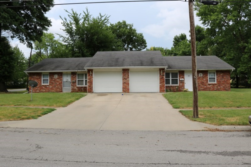 Investment Property, Duplex For Sale in Chillicothe, MO