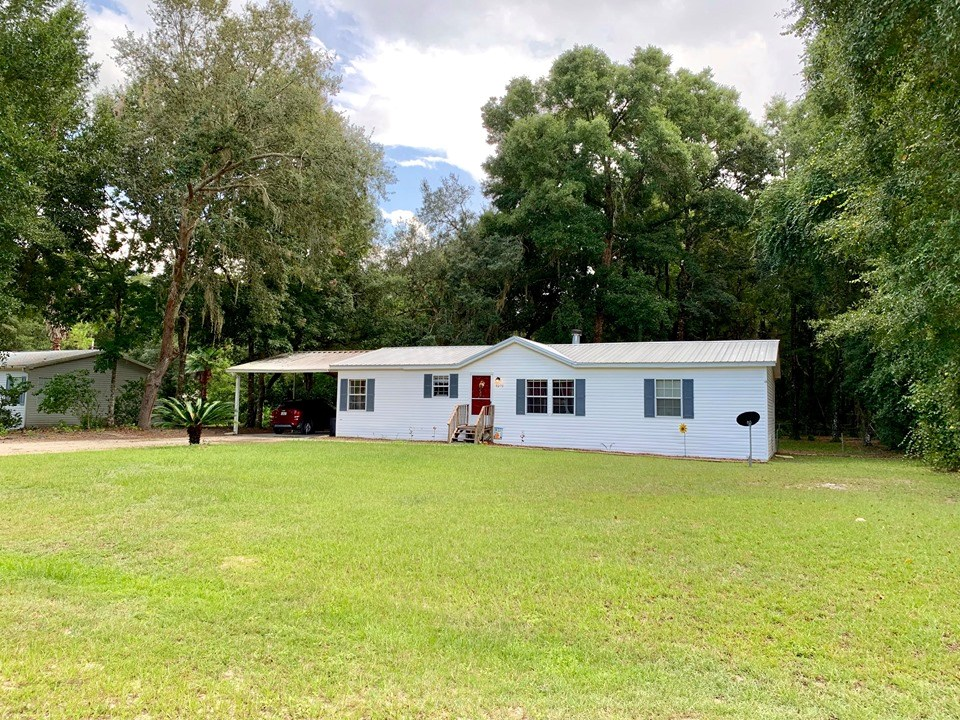 HOME FOR SALE - SILVER OAKS S/D - Fanning Springs, Florida