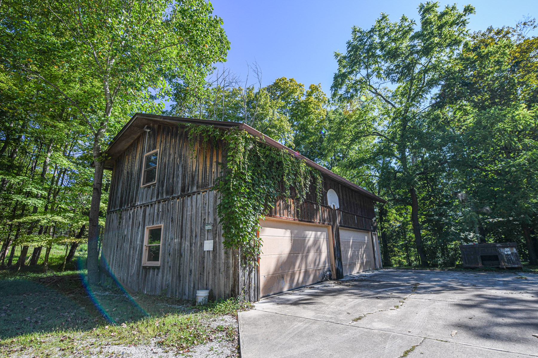 Brown County Log Cabin and Land for Sale | Indiana Land