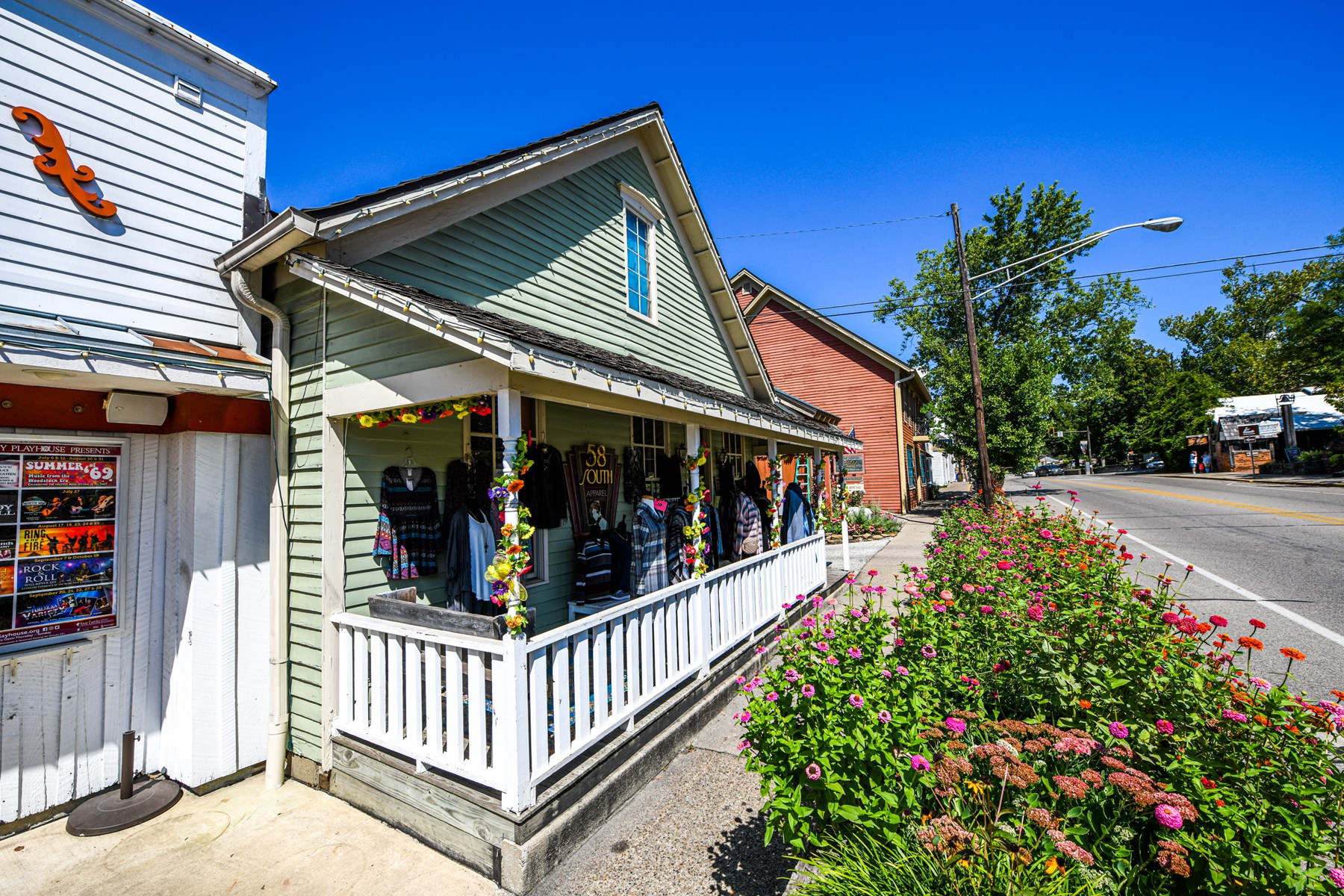 Brown County Retail Shop for Sale | Nashville, Indiana