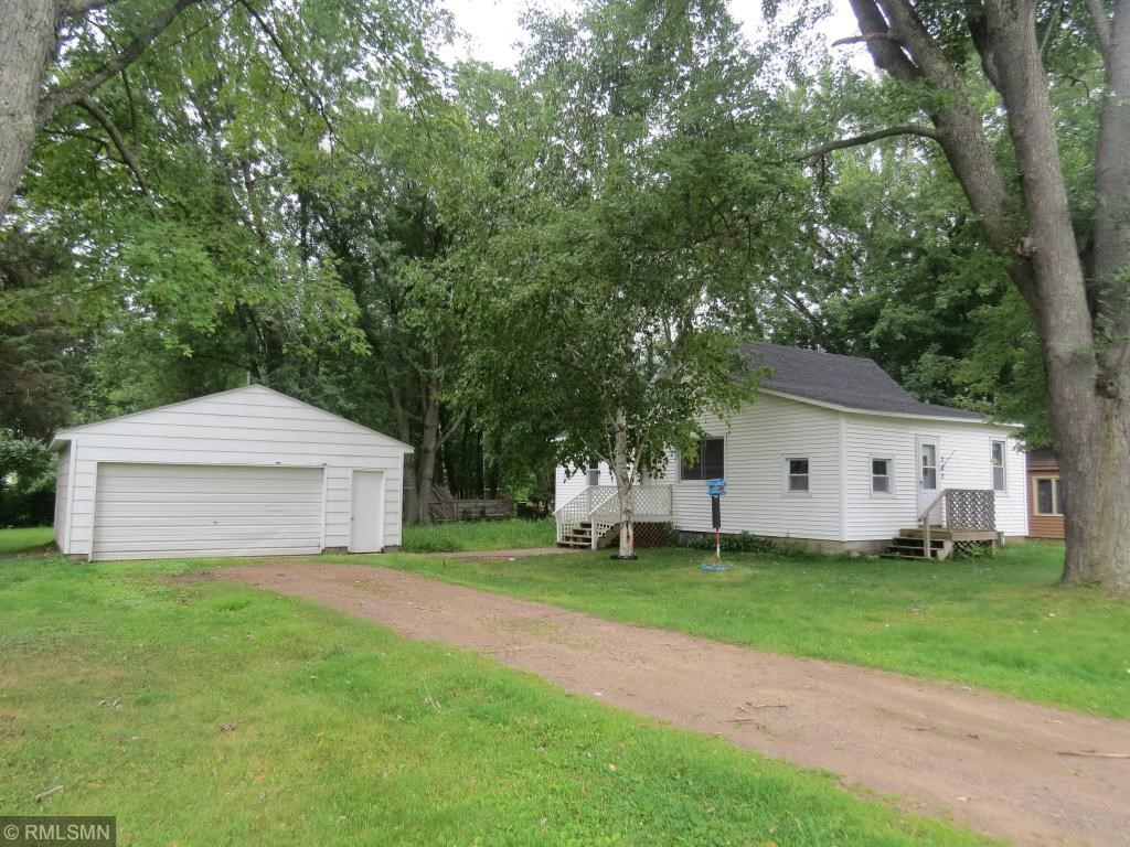2 Bedroom Home For Sale in Town, Hinckley, Minnesota.