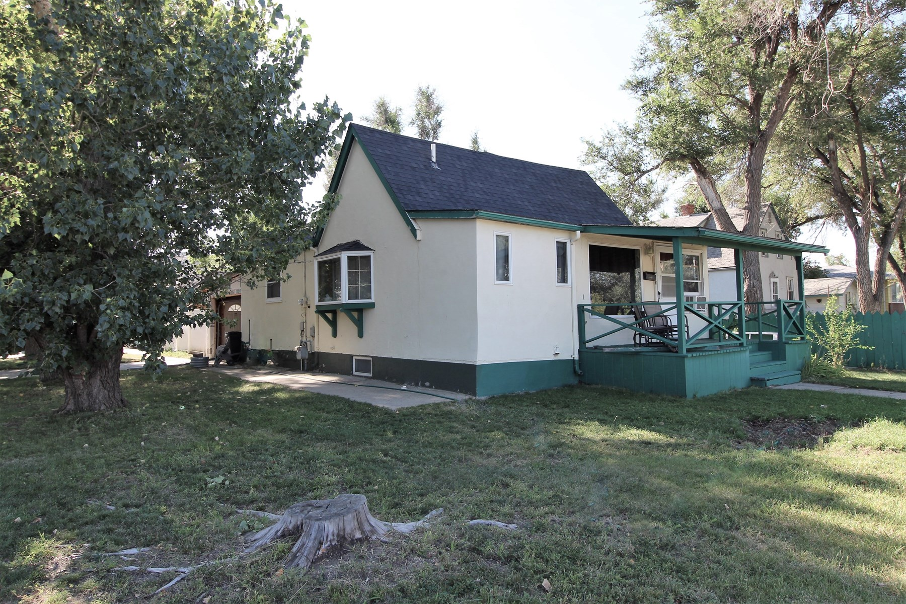 2 Bedroom 2 Bath Single Family Home In Glendive