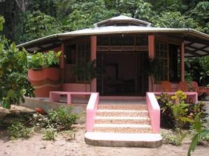 BOCAS DEL DRAGO BEACHFRONT AND CASITA, BOCAS DEL TORO PANAMA