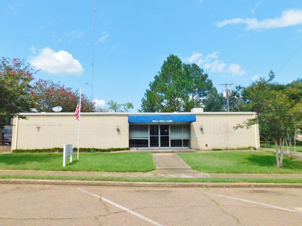 6200 SF Commercial Building for Sale Centreville, MS