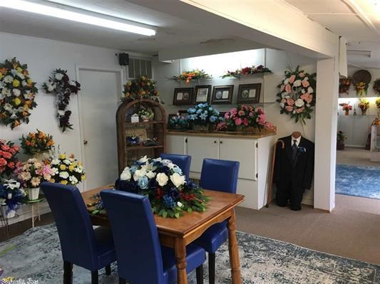 Turn key Florist Business for sale in Salem, Arkansas!