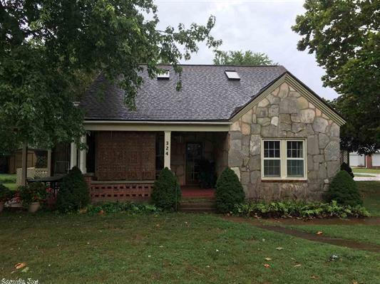Historic Home in Salem Arkansas For Sale