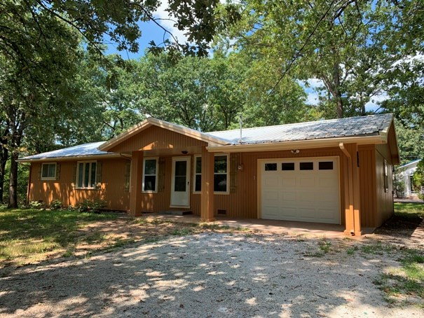 Updated Ranch Home on Southside of El Dorado Springs